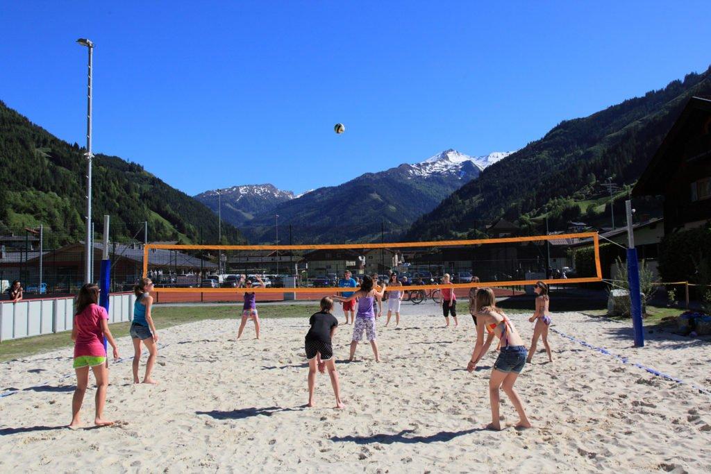 ferienhaus-grabenhaeusl-freizeitzentrum-volleyball-sommer