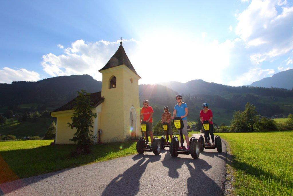 ferienhaus-grabenhaeusl-segway-fahren-grossarltal
