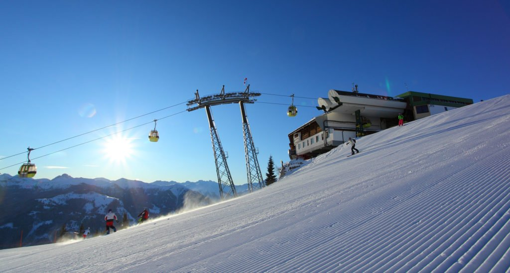 ferienhaus-grabenhaeusl-skikeriki-gondel-bergstation