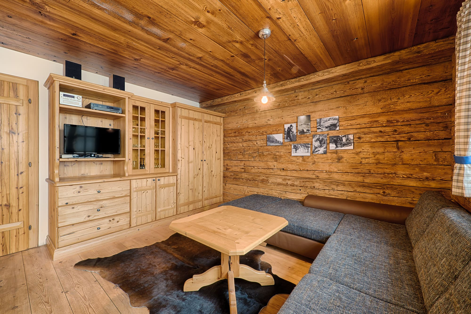 ferienhaus-grabenhaeusl-wohnraum-2